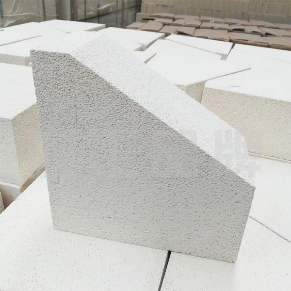 莫来石聚轻拱脚砖
